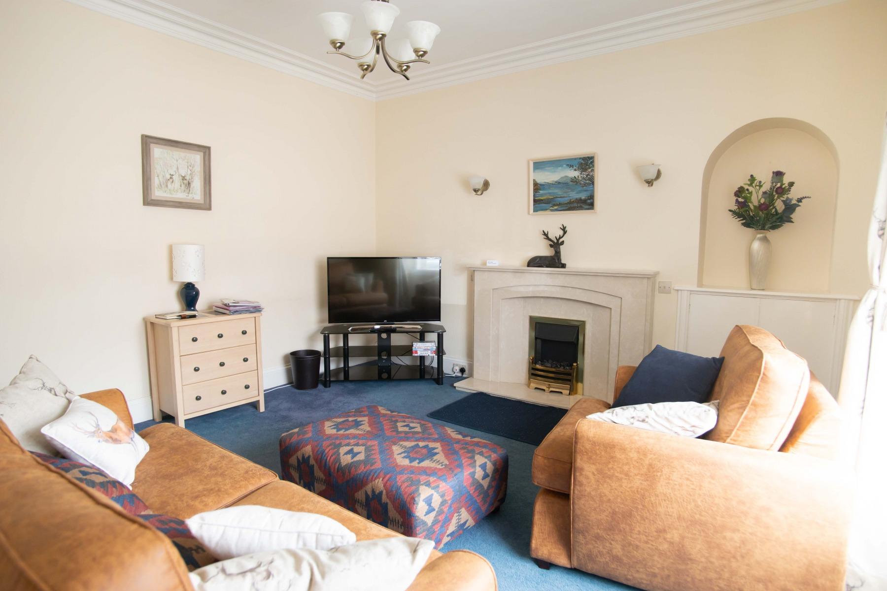 Living room Cameron